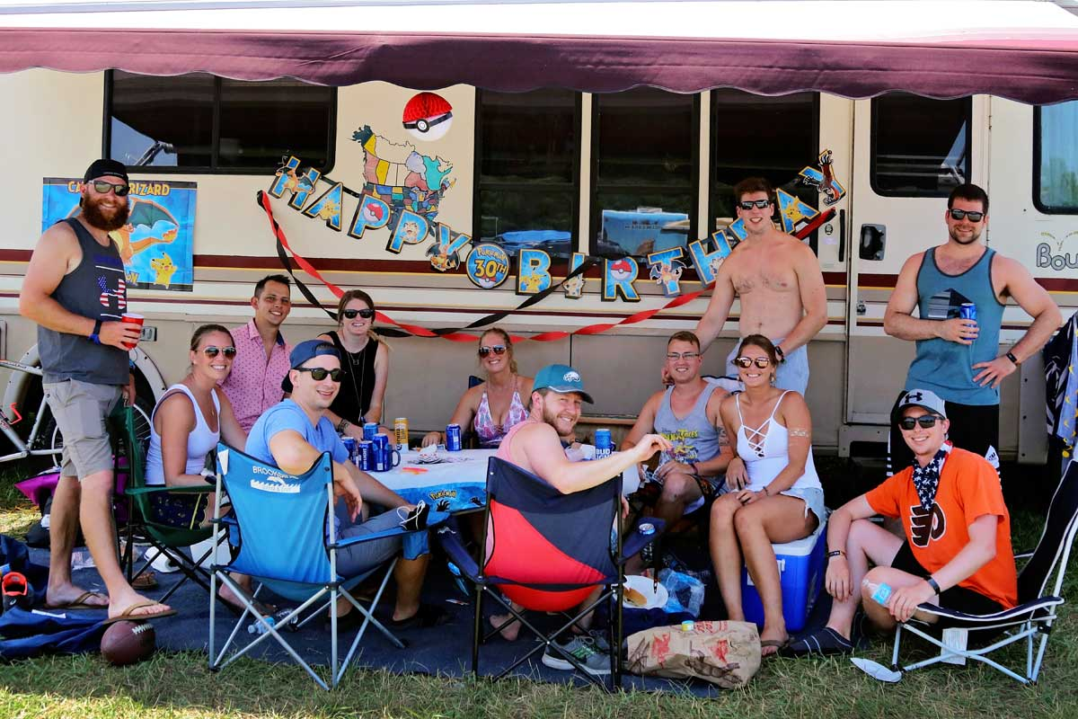 INFIELD RV CAMPING