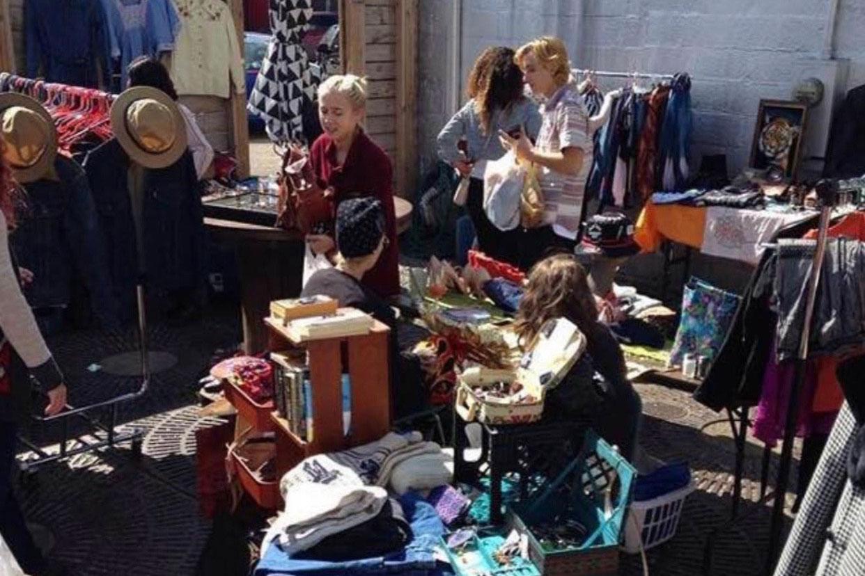 Mo Pop Fleatroit shoppers