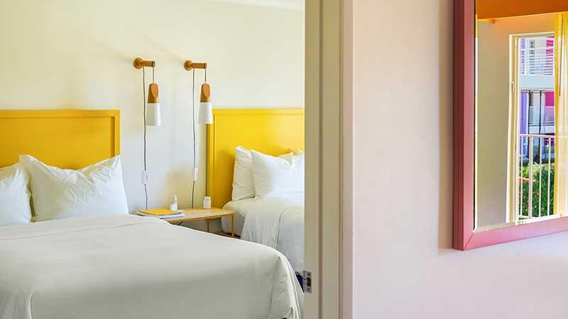Poolside Patio Suite Saguaro room